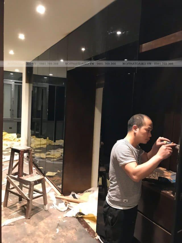Cánh kính tủ áo nhôm 55, kính xanh đen, cửa mở