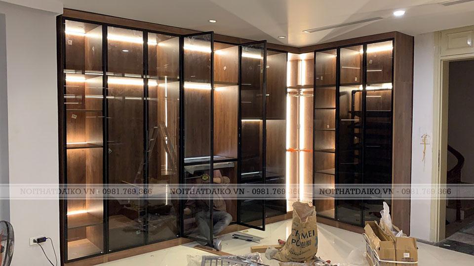 Tủ quần áo cánh kính cường lực 5 ly, khung nhôm bản 22mm, kính màu xanh đen sang trọng