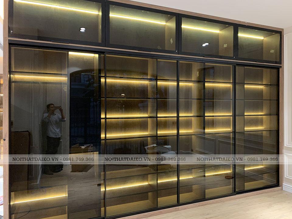 Tủ trang trí cánh kính bản nhôm 22, kính màu xanh đen Châu Âu hiện đại
